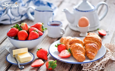 بوفه صبحانه گرم و سرد کافی شاپ 37 درجه