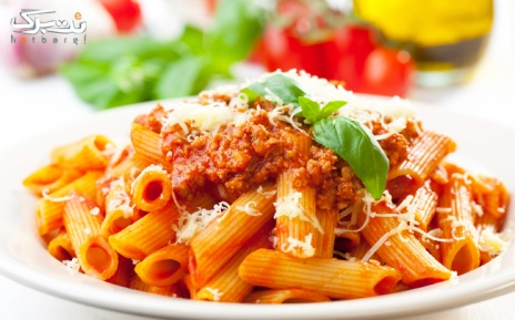 ساندویچ، پاستاو منوی ویژه در رستوران ایتالیایی بوچ
