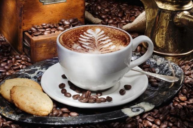 کافه قرار با سینی صبحانه مخصوص