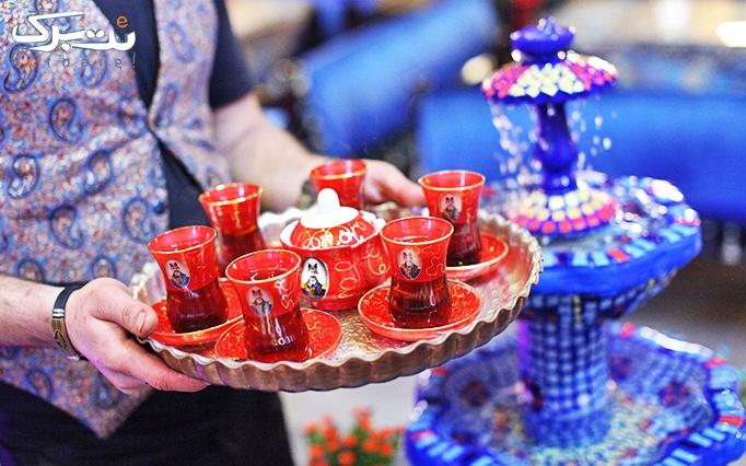 کافه رستوران سنتی کندوک با منوی غذایی و چای سنتی