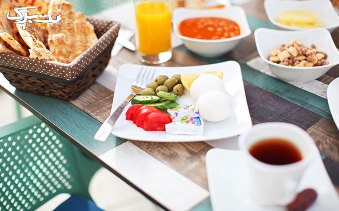 کافه رستوران میتا با بوفه صبحانه لذیذ