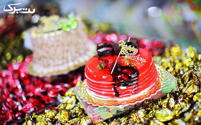 شیرینی سرای عسل باانواع شیرینی و کیک خوشمزه و تازه