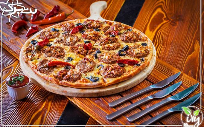 رستوران پیچک با پکیج پیتزا های خوشمزه