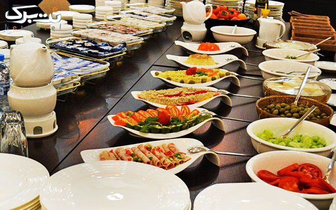 رستوران جاده ابریشم با بوفه افطار و شام
