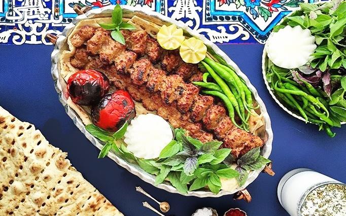 رستوران جوانه با منو باز غذاهای ایرانی