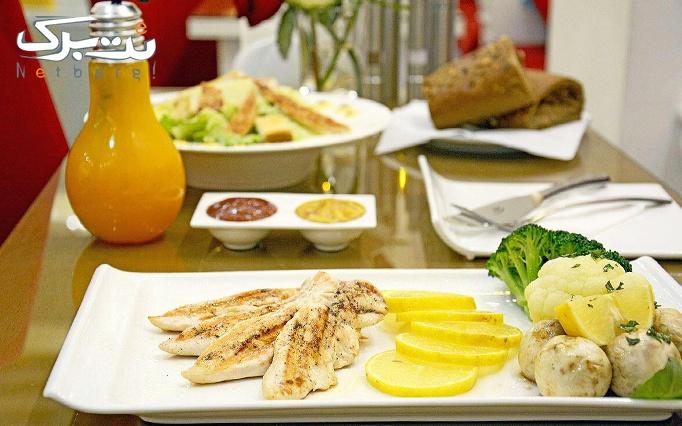 کافه عربی گلدن لیالی با منو باز غذا و چای سنتی