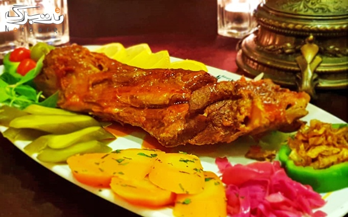 رستوران مهرگان (کمالشهر) با منو غذای ایرانی