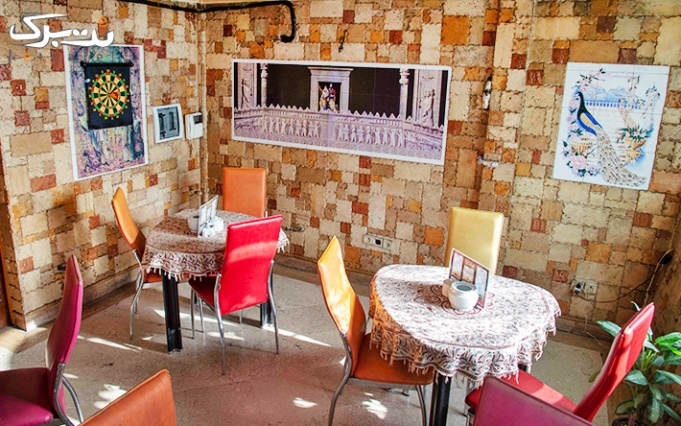 سرویس سفره خانه ای عربی در سفره خانه سنتی عرشیا