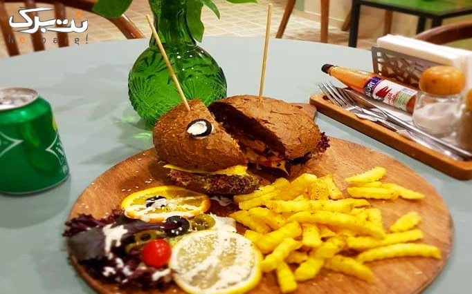 منوی صبحانه در کافه رستوران دمن