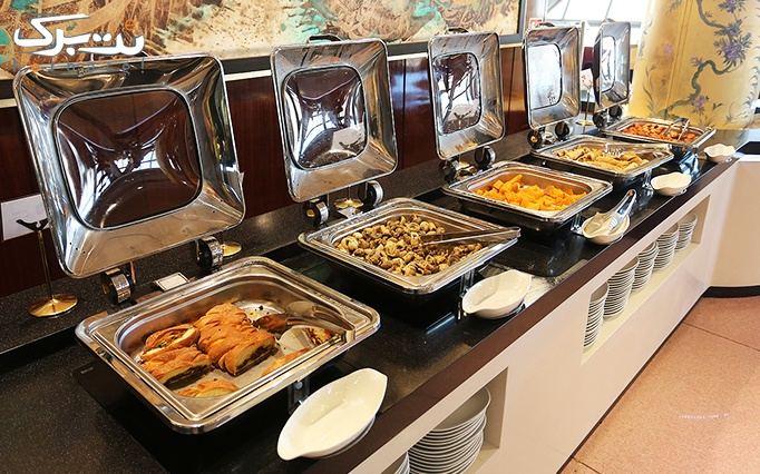 بوفه صبحانه بر فراز ابرها در رستوران گردان برج میلاد با طراحی جدید