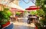 کافه رستوران آلموند با منوی صبحانه