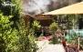 کافه رستوران کلبه رز با منو غذای ایرانی و فرنگی
