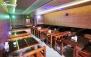 کافه رویال با منو غذای اصلی، سالاد و موسیقی زنده