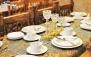 رستوران سنتی سرداب با منو باز غذاهای ایرانی