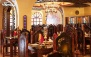 تماشای فوتبال با پذیرایی در رستوران لوکس مهماندار