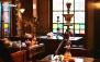 کافه رستوران سنتی نصف جهان با سرویس چای سنتی عربی