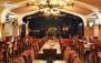 ورودی رستوران هزار و یک شب در جزیره کیش