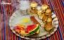 سرویس چای سنتی در کافه رستوران قصر حسنا