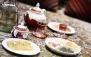 چلوکباب وزیری و سرویس چای رستوران دلنوازان