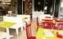 غذای مکزیکی در رستوران رنگ و تاکو