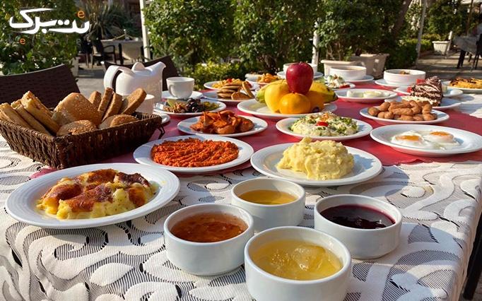 بوفه صبحانه لاکچری و لذیذ در هتل بلوط ولنجک