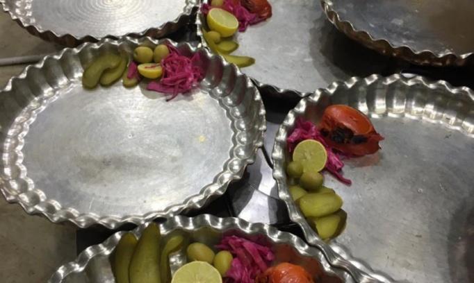 سینی ویژه 2 نفره مجموعه غذایی عمارت سراج