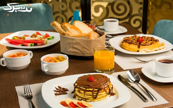 بوفه صبحانه هتل آتانا