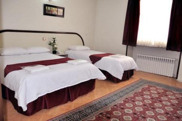 اقامت فولبرد در هتل 2 ستاره هرند