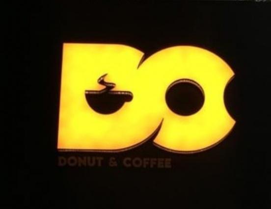 پکیج دونات و شیک در قهوه و دونات دی سی