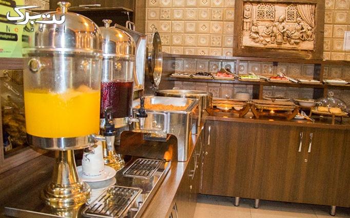 بوفه صبحانه خوشمزه در هتل ورنوس