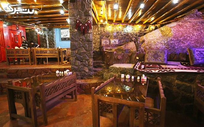 لذت صبحانه در هوای دلپذیر رستوران آذربایجان