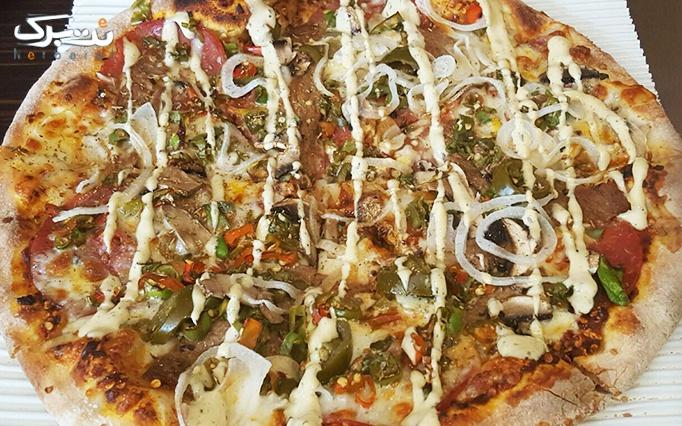 آشپز ایتالیایی با پیتزا تنوری هیزمی در vip