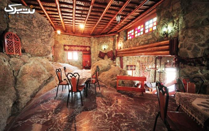 محیط زیبا و دل انگیز رستوران کردستان