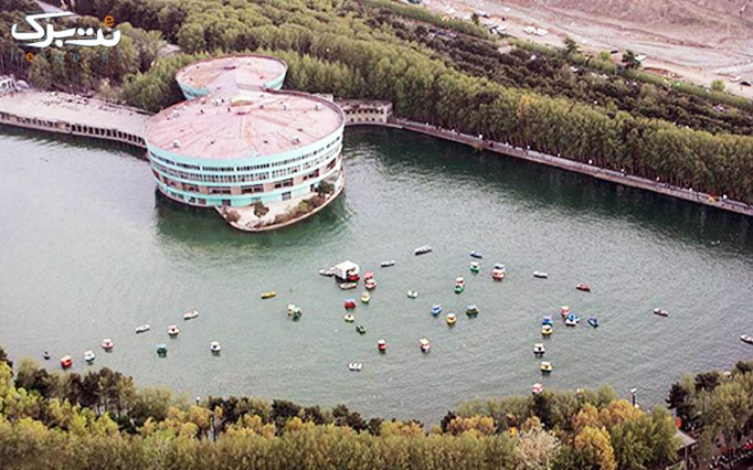 قایق سواری دریاچه پارک ارم