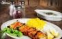 رستوران گل یخ با منو باز غذاهای ایرانی