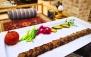 منو غذای ایرانی در باغ رستوران طوبی