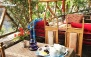 منو کباب ایرانی و سرویس چای سنتی رستوران سوارین