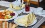 بوفه صبحانه هتل پارسیان انقلاب