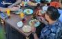 بوفه صبحانه خوشمزه در رستوران پنج ستاره رزمیلو