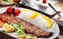 خانه اقوام آذربایجان با غذاهای ایرانی